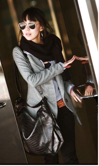 Korea Fashion Exquisite Workmanship Fit Tailored Medium Style Woollen Coat