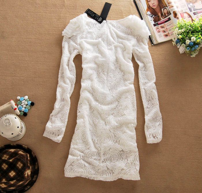 Elegant Scoop Neck Handmade Flowers Embellished Hidden Floral Print White Long Sleeves Lace Dress For Women