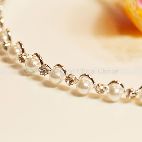 Slim Steel Elegant Waved Shape Pearl with Diamond Hairband