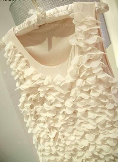 Charming Scoop Neck Sleeveless Multitude Of Petals Embellished Solid Color Dress For Women
