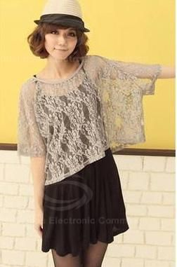 Romantic Round Neck Lace Loose Fitting Solid Color Blouse For Women