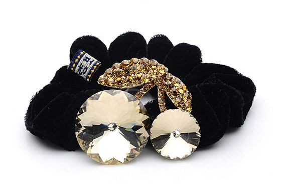 Unique Style Rhinestone and Crystal Inlaid Walnut Shape Flannelette Women's Hair Hoop