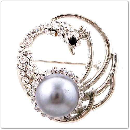 Stunning Pearl Peacock Shape Rhinestone Embellished Scarves Decor Women's Brooch