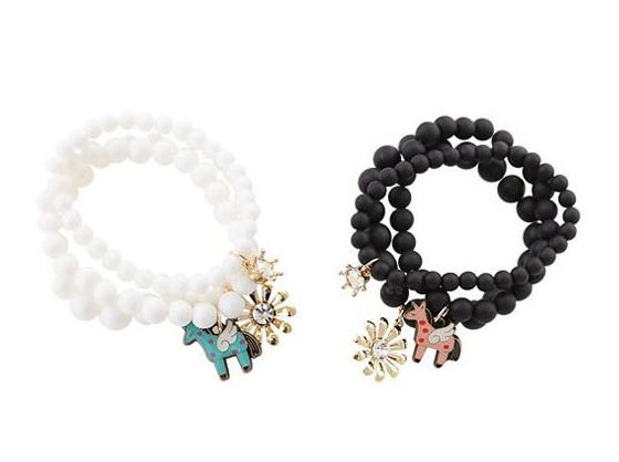 Sweet Style Horse and Flower Shape Pendant Three-Piece Pearl Bracelets