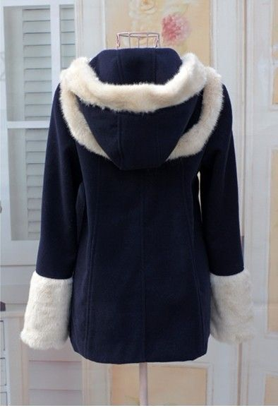 Hooded Oxhorn Button and Artificial Wool Embellished Design Women's Wool Blended Coat
