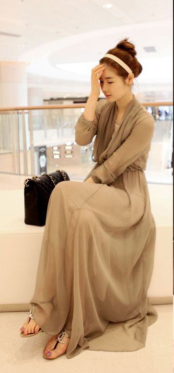 Stylish V-Neck Long Sleeve Chiffon Women's Maxi Dress