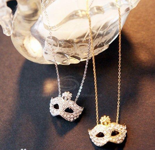 Masque Shape Rhinestone Flower Inlaid Pendant Necklace