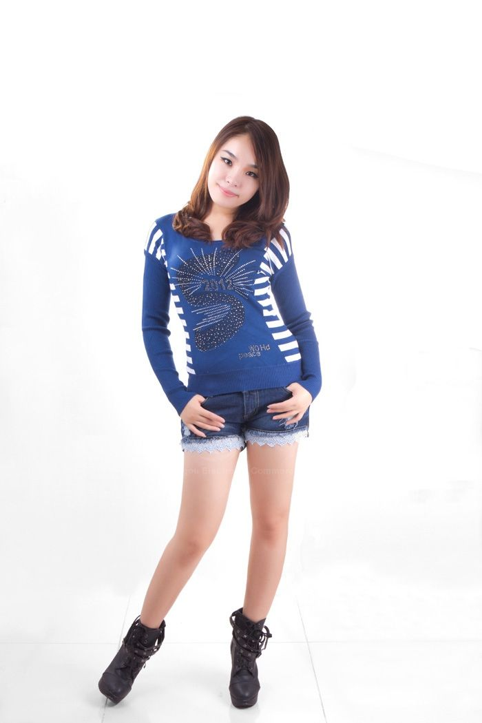 Rhinestone Embellished Patterns Round Neckline Long Sleeve Back Stripes Seater For Women