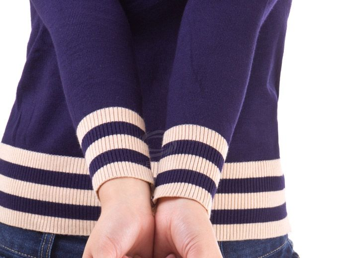 Charming Scoop Neckline Stripes Hem Long Sleeve Knitted Sweater For Women