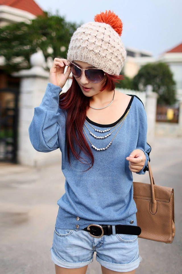 Stylish Scoop Neck Batwing Long Sleeve Necklace Embellished Women's T-Shirt