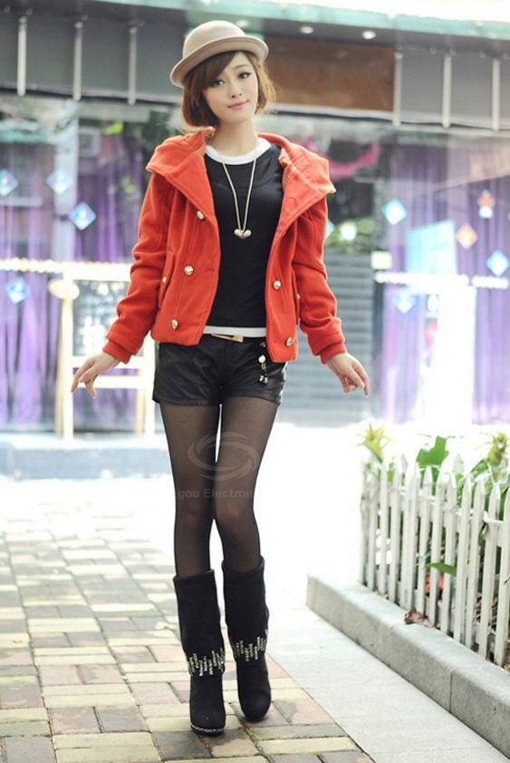 Stylish Slimming Fit Hooded Double Breasted Short Women's Wool Coat