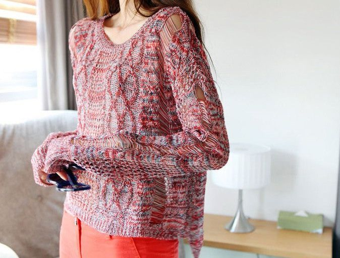 Slimming Hollowed Batwing Sleeve Women's Sweater