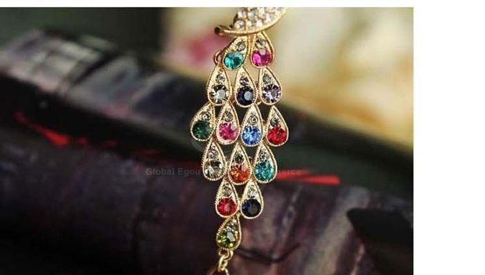 Peacock Shape Rhinestone Embellished Bracelet