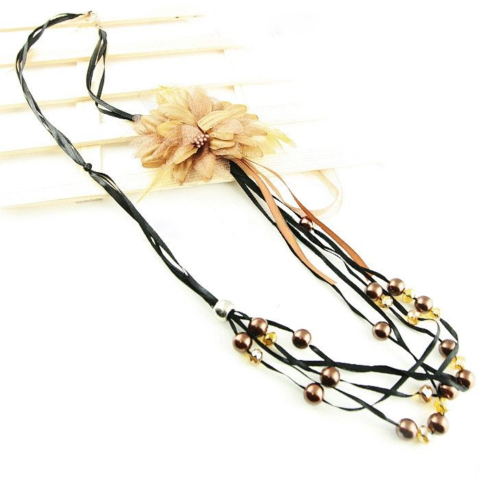 Multilayer Beads Design Flower Feather Embellished Necklace