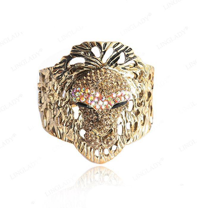 Sparking Retro Style Rhinestone Embellished Women's Lion Bracelet