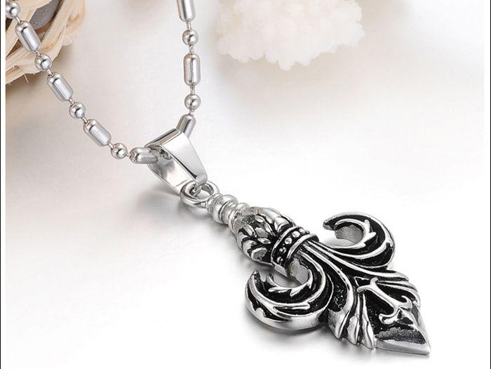 Fashionable Personalized Style Boat Anchor Shape Pendant Embellished Necklace For Men