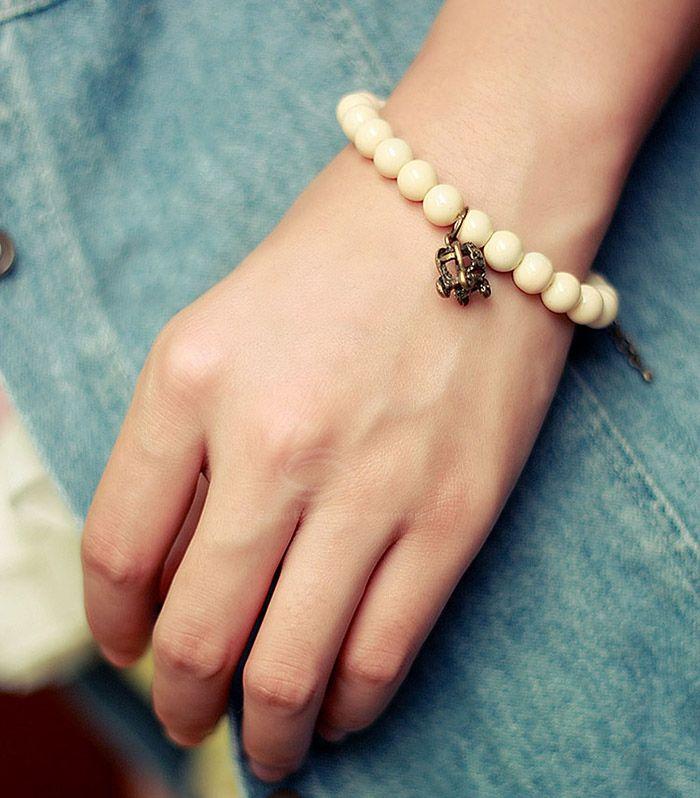 Retro Sweet Style Pumpkin Carriage Embellished Women's Handmade Pearl Bracelet