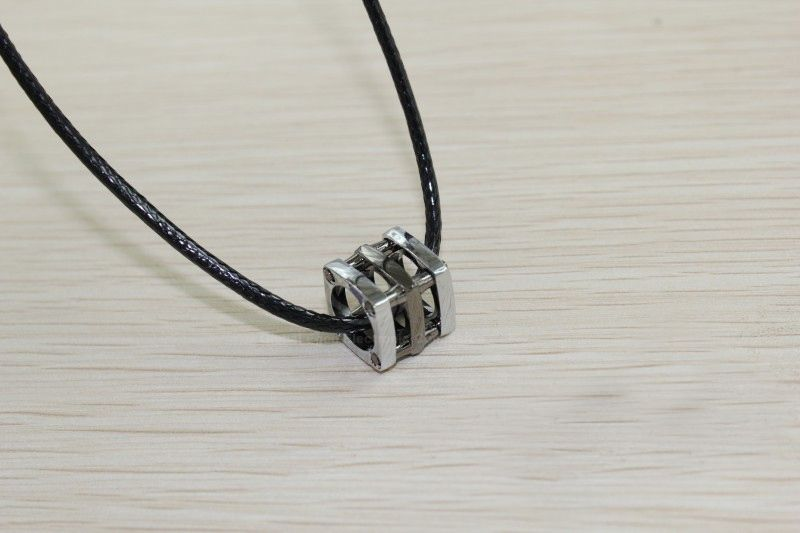 Retro and Fashionable Style Silvery Blue Openwork Cube Pendant Necklace For Couples