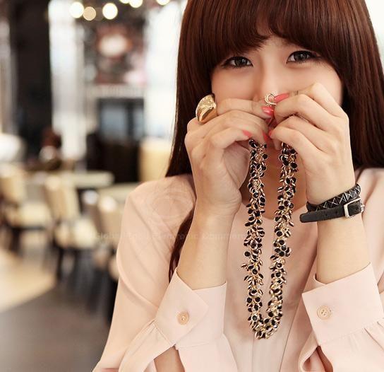 Fashion Graceful Style Rhinestone and Chain Embellished Women's Necklace