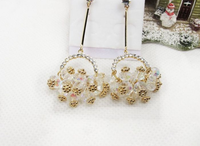 Sweet Elegant Style Rhinestone Embellished Flower Basket Shape Women's Earrings