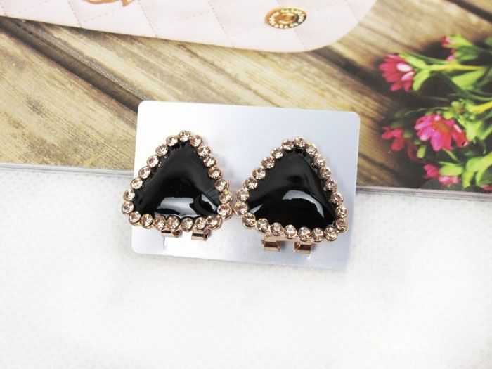 Chic Sweet Style Rhinestone Embellished Triangle Shape Women's Stud Earrings