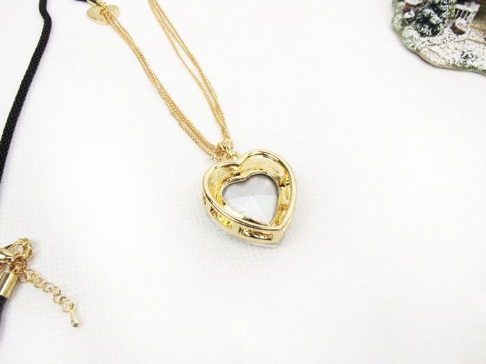Heart Shape Embellished Rhinestoned Sweater Chain Necklace