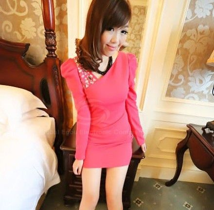 Charming V-Neck Puff Sleeves Solid Color Rhinestone Embellished Women's Dress