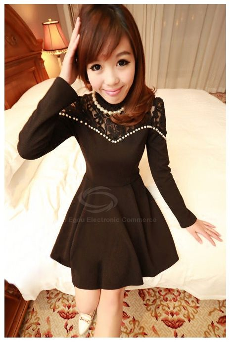 Charming Scoop Neck Long Sleeves Solid Color Pearl Embellished Women's Lace Splicing Dress