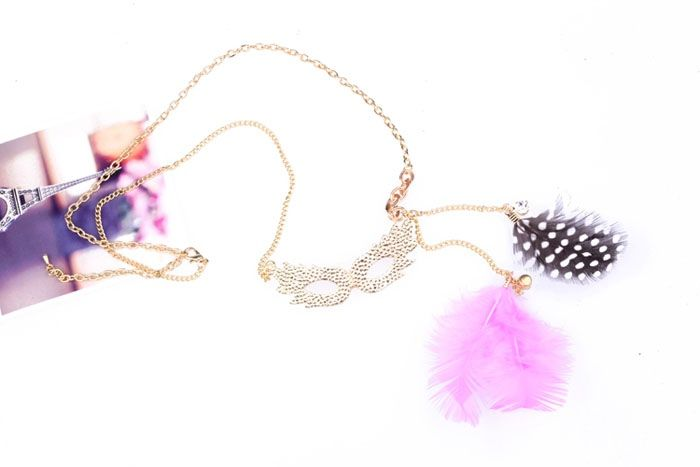 Feather Embellished Rhinestoned Mask Shape Pendant Sweater Chain Necklace