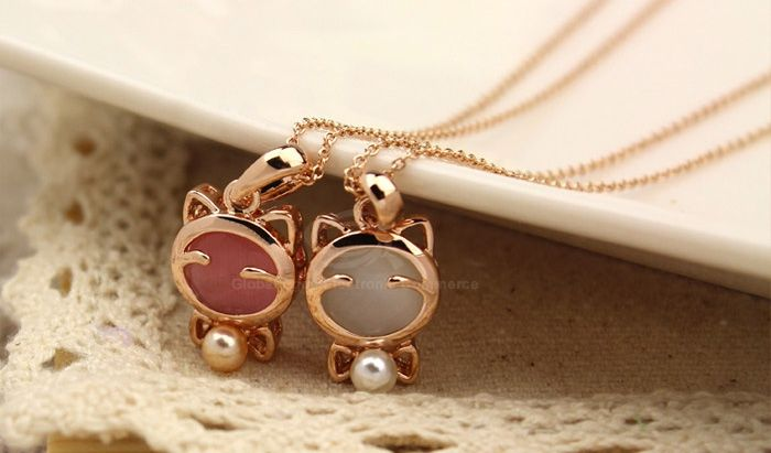 Sweet Style Kitten Shape Bowknot and Pearl Embellished Women's Necklace