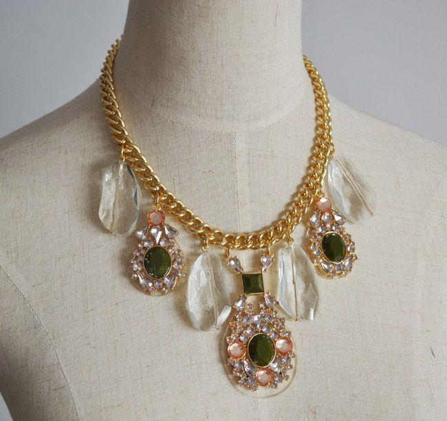 Luxury Rhinestone Embellished Pendant Retro Style Women's Necklace