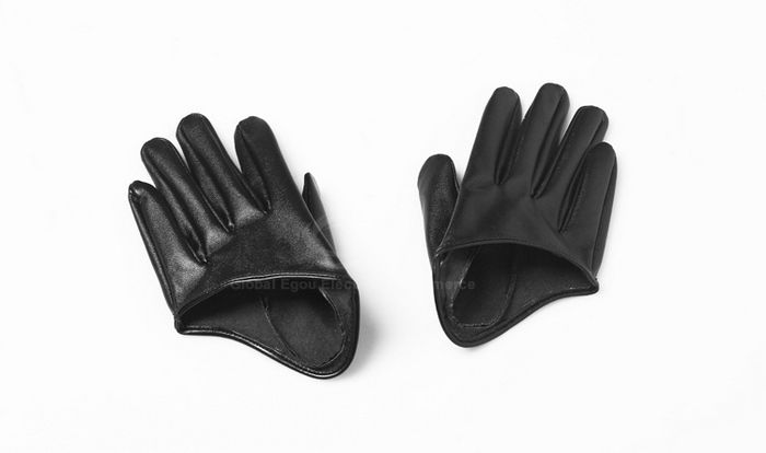 Pair Of Stylish Solid Color Half Palm Design Faux Leather Women's Gloves