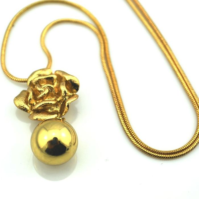 Vintage Ball Alloy Necklace