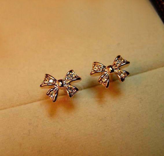 Pair of Alloy Bowknot Rhinestone Embellished Earrings