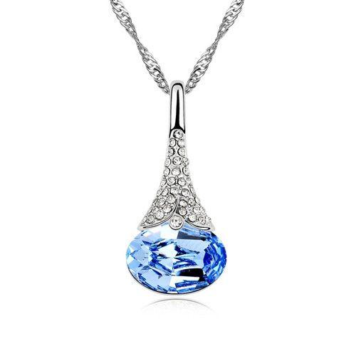 Rhinestoned Waterdrop Pendant Necklace