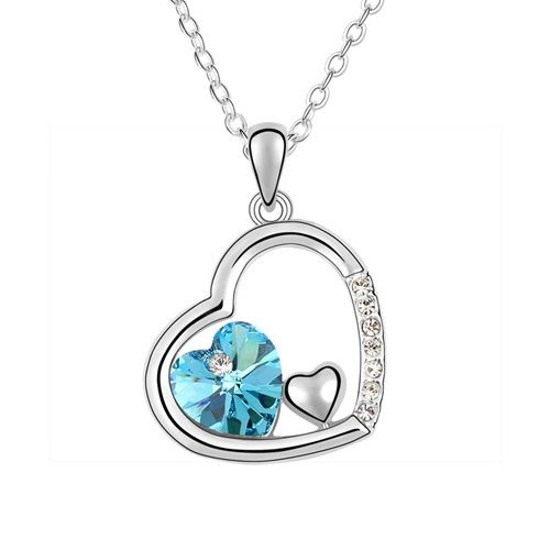 Rhinestoned Heart Pendant Necklace
