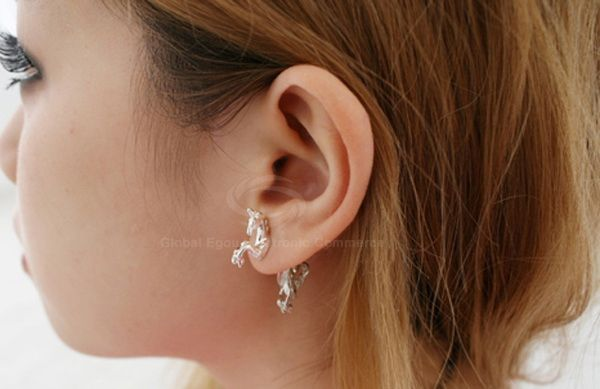 ONE PIECE Punk Style Unicorn Earring