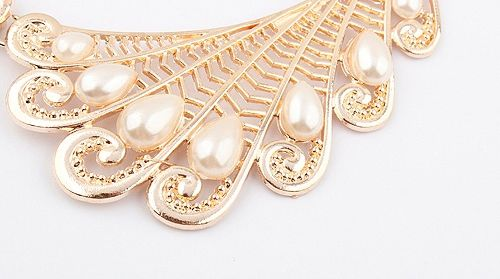 Vintage Openwork Wing Faux Pearl Necklace