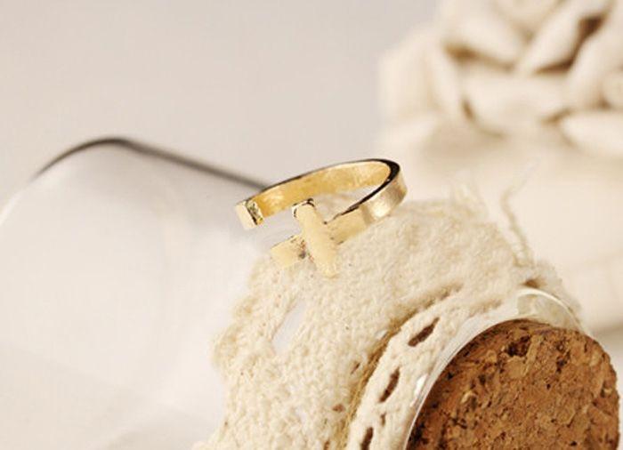 Vintage Cross Decorated Women/Men's Ring