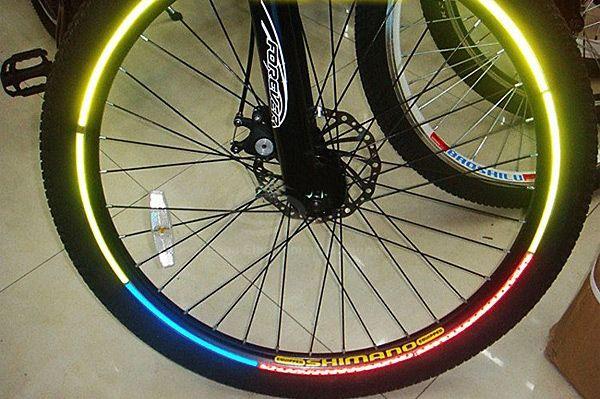 8 PCS / Sheet Bicycle Wheel Reflective Stickers Bike Wheel Safe Accessories