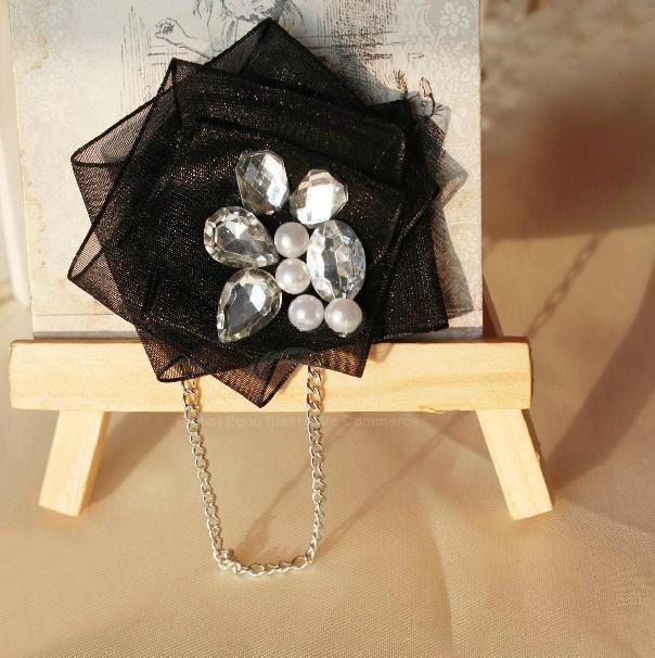 Romantic Rhinestoned Faux Pearl Women's Lace Brooch