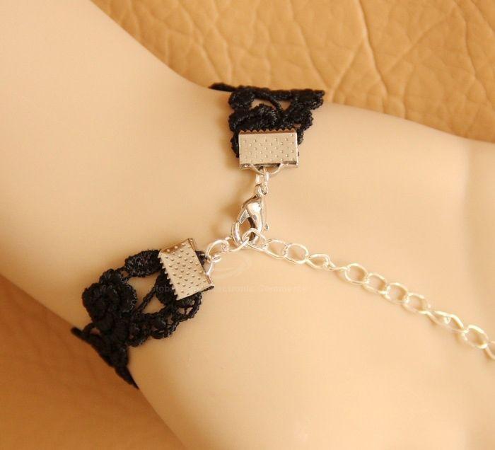 Lace Jacquard Flower Pendant Chain Embellished Bracelet