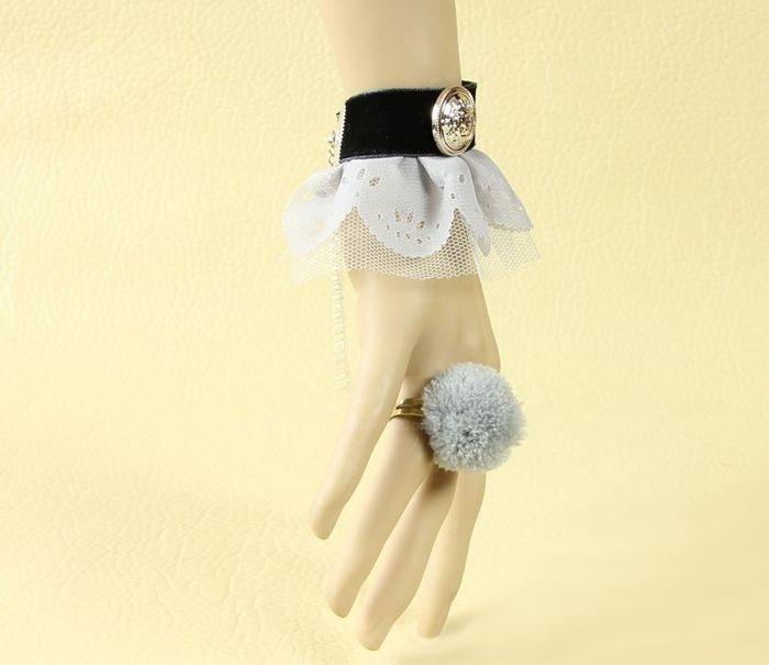 Vintage Velvet Strip Badge Decorated Lace Bracelet With Pompon Ring