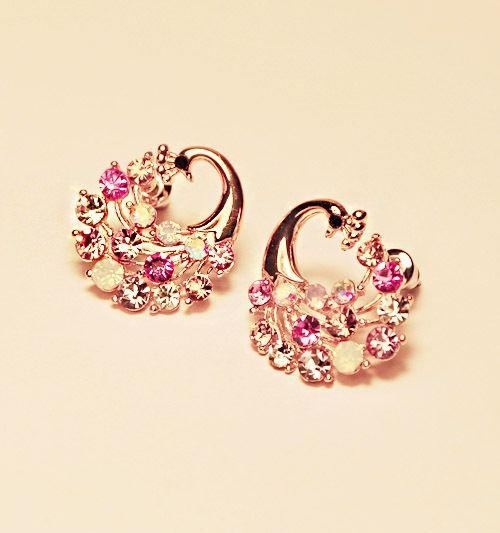 Fashionable Style Pair of Rhinestone Embellished Peacock Shape Earrings For Women