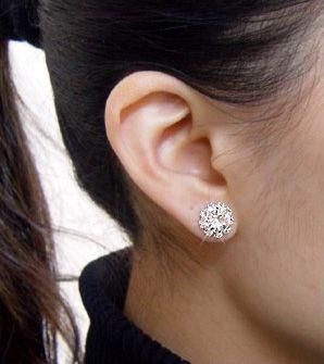 Sunflower Shape Rhinestoned Stud Earrings