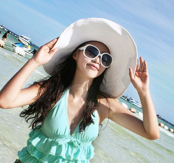 Sweet Solid Color Beach Women's Peaked Straw Hat