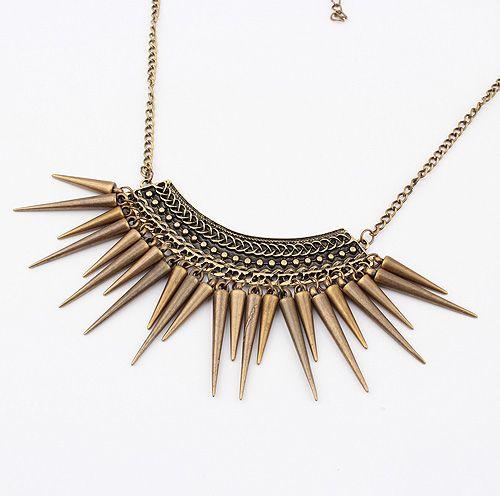 Vintage Exquisite Fringed Rivet Pendant Alloy Necklace