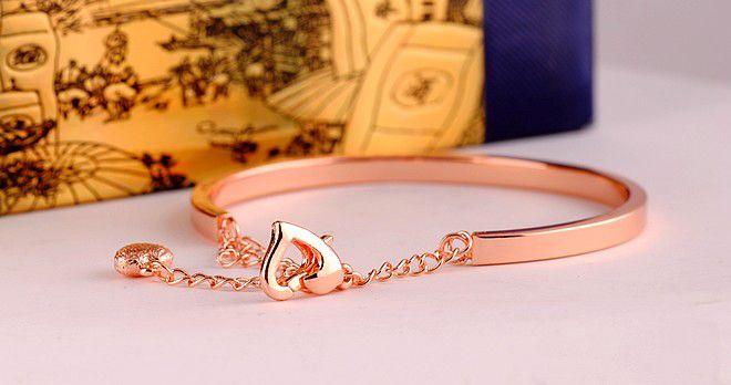 Heart Pandant Round Shape Chain Bracelet