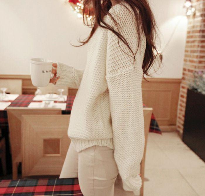 Retro Style Scoop Neck Batwing Sleeve Women's Sweater