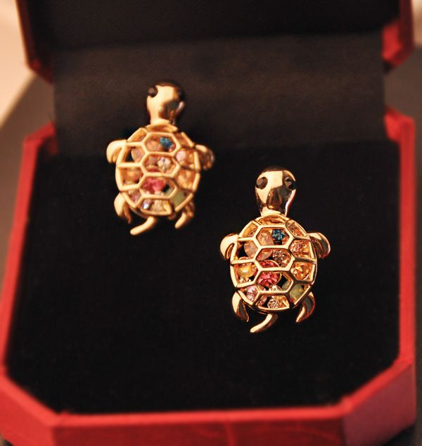 Pair of Rhinestoned Tortoise Shape Earrings